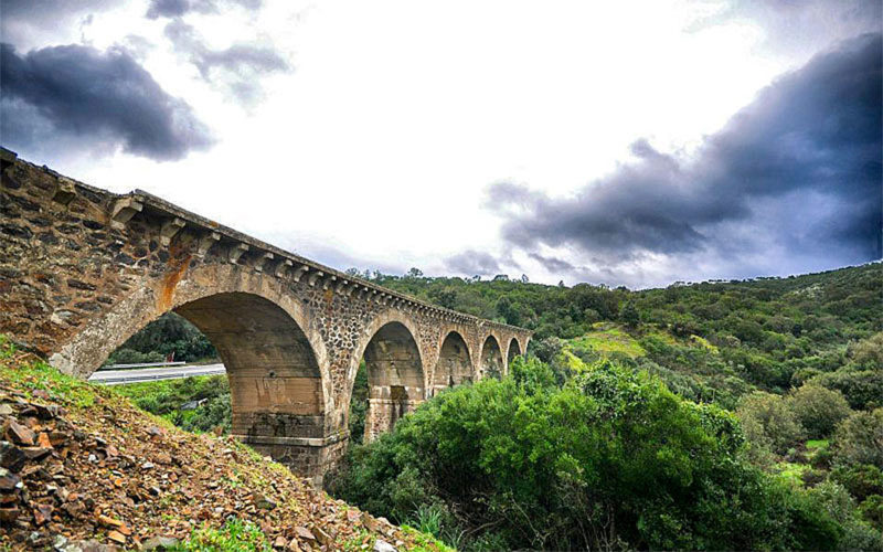 Trekking sentiero vecchia ferrovia Vittorio Buzzi